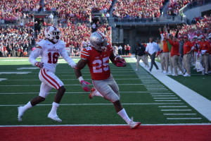 Mike Weber (25) outraces IU defender to the endzone.